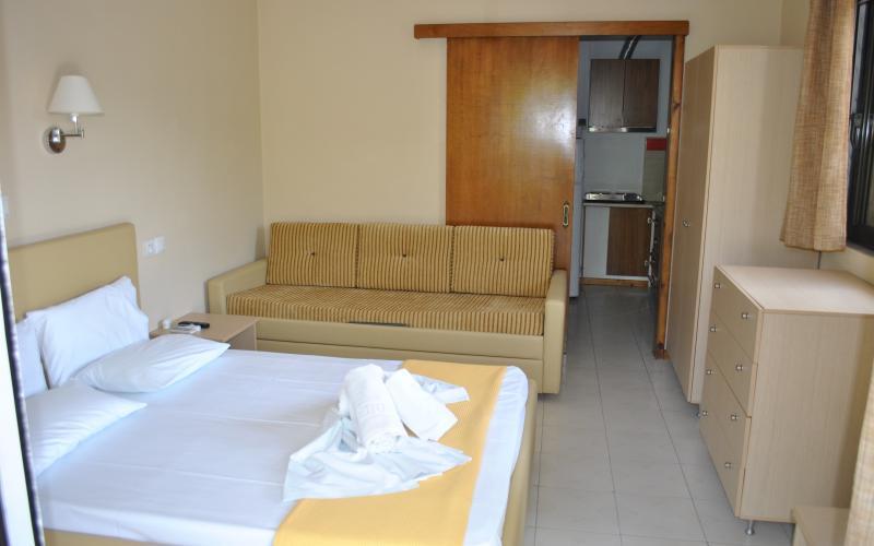 ktima garas -3-4 beds room
