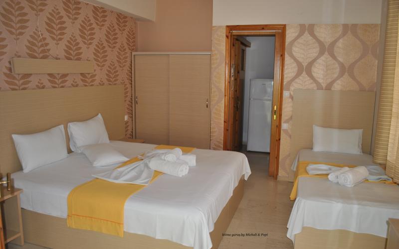 ktima garas- 3 beds room